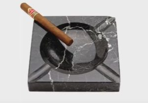 Model an Realistic Ashtray in Cinema 4D